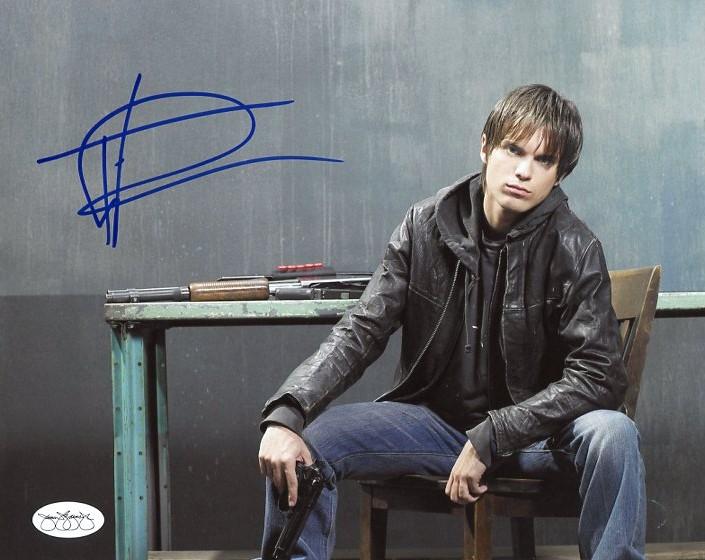 Richard T. Jones Terminator Authentic Signed 8x10 Photo JSA #04112018RJ
