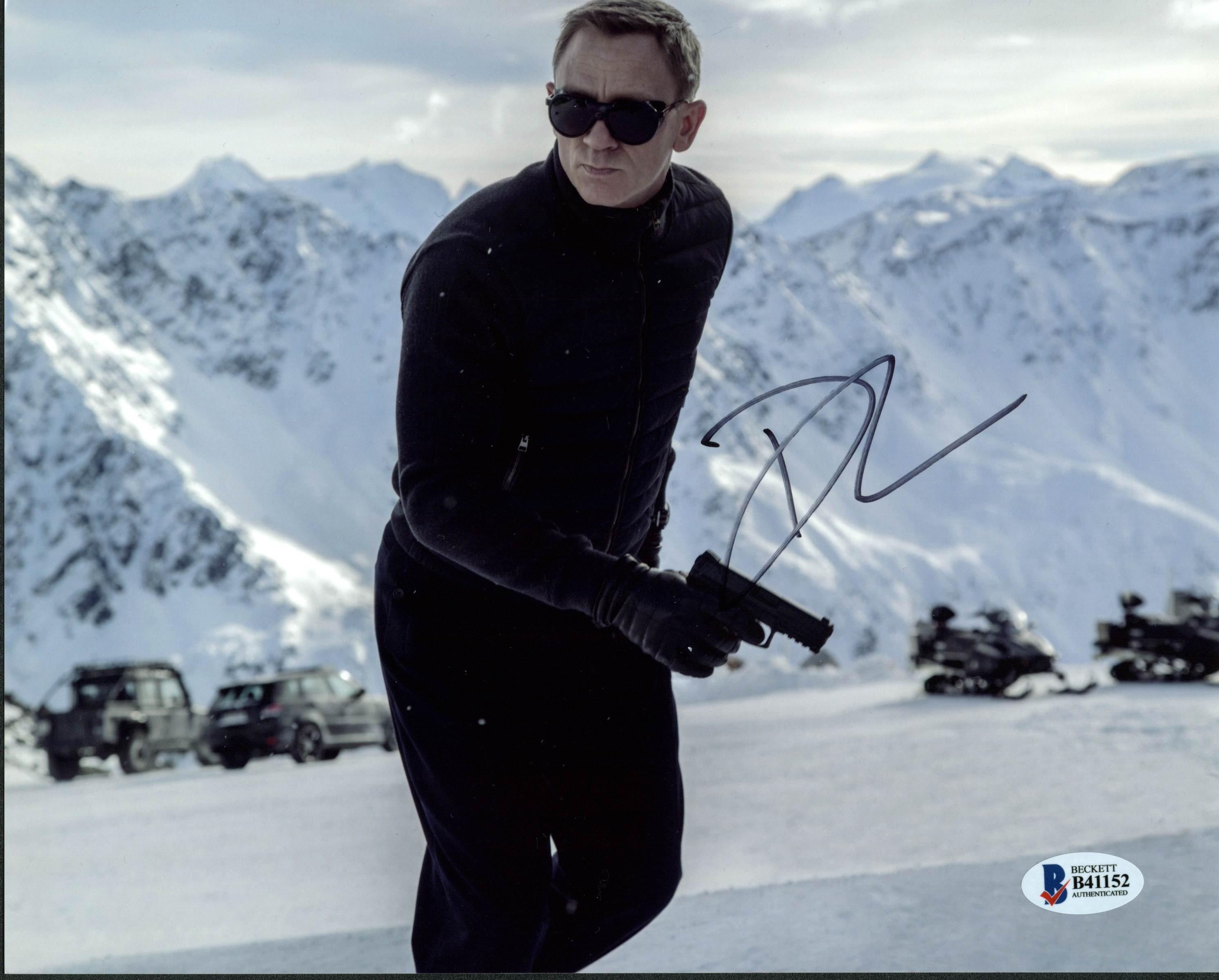 Daniel Craig James Bond 007 Authentic Signed 8X10 Photo Autographed BAS #B41156